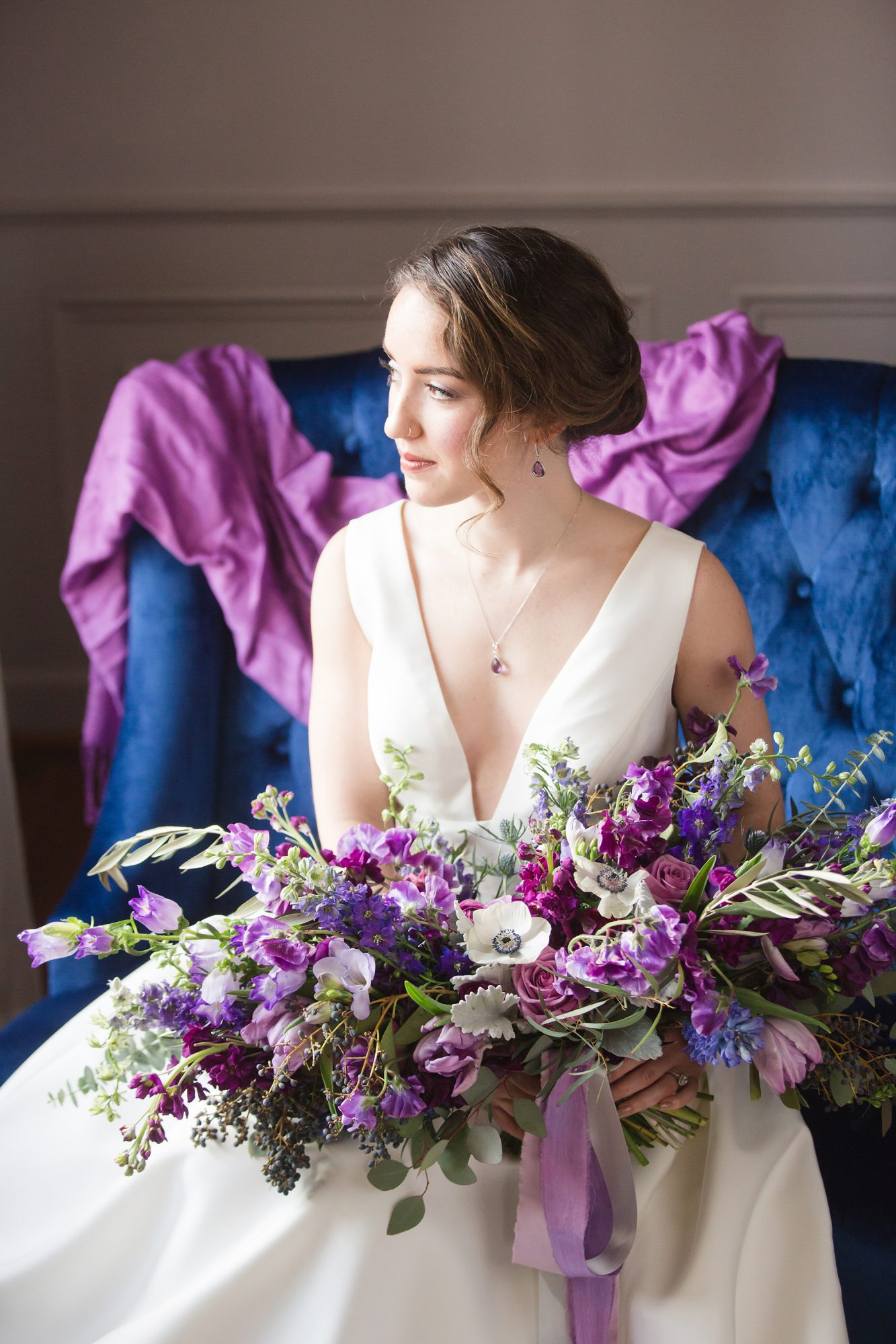 ideas to choose the beauty and elegance of white and purple wedding flowers 5 - Ideas to Choose the Beauty and Elegance of White and Purple Wedding Flowers