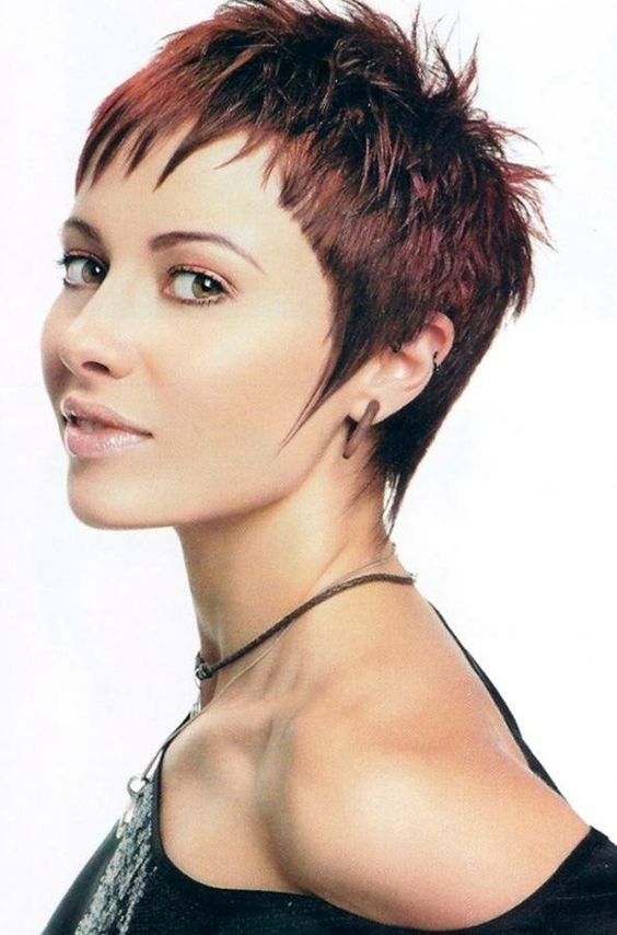 1632825768 631 6 Pixie Style Short Haircuts To Get Inspiration For Your - 6 Pixie Style Short Haircuts To Get Inspiration For Your Next Hairstyle