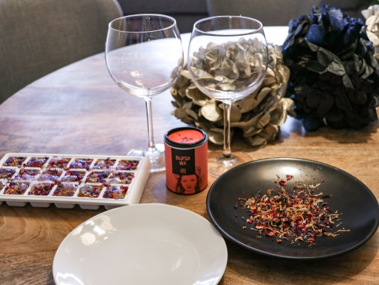 DIY Flowery New Years Eve with Just Spices Bloomy - DIY: Flowery New Year's Eve with Just Spices - Bloomy Blog