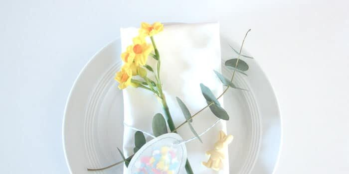 Make cute Easter table decorations Easy Easter egg Easter 700x350 - Make cute Easter table decorations> Easy Easter egg & Easter bunny DIY