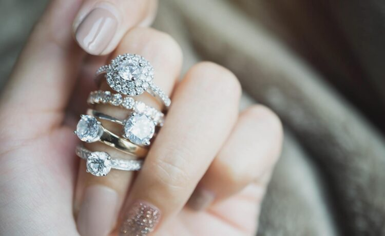 Stackable ring or beistack ring as a supplement to the wedding ring 💍