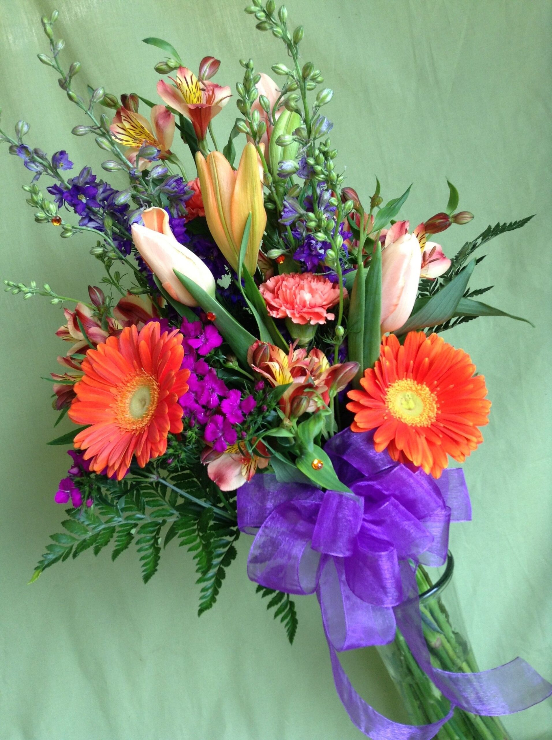 choose arm sheaf wedding bouquets for your wedding 4 scaled - Choose Arm sheaf wedding bouquets for Your Wedding