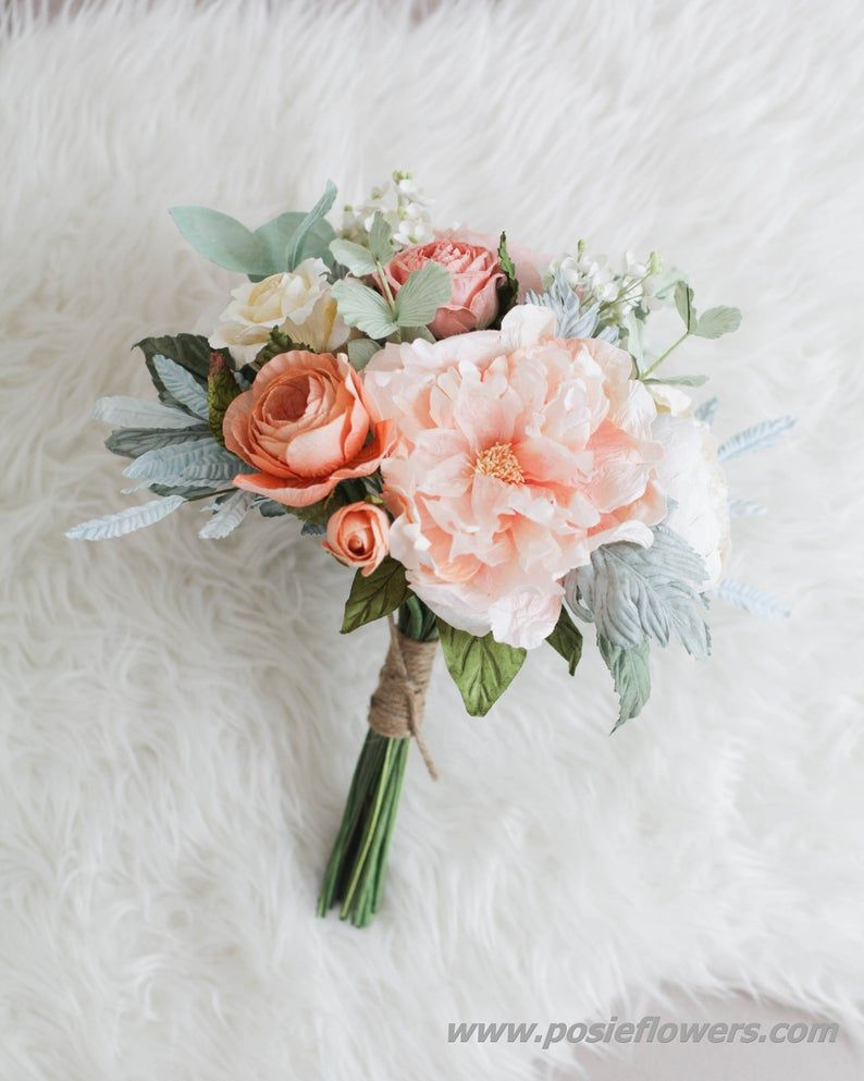 choose natural hand tied wedding bouquets for the wedding 6 - Choose Natural Hand Tied Wedding Bouquets for the Wedding