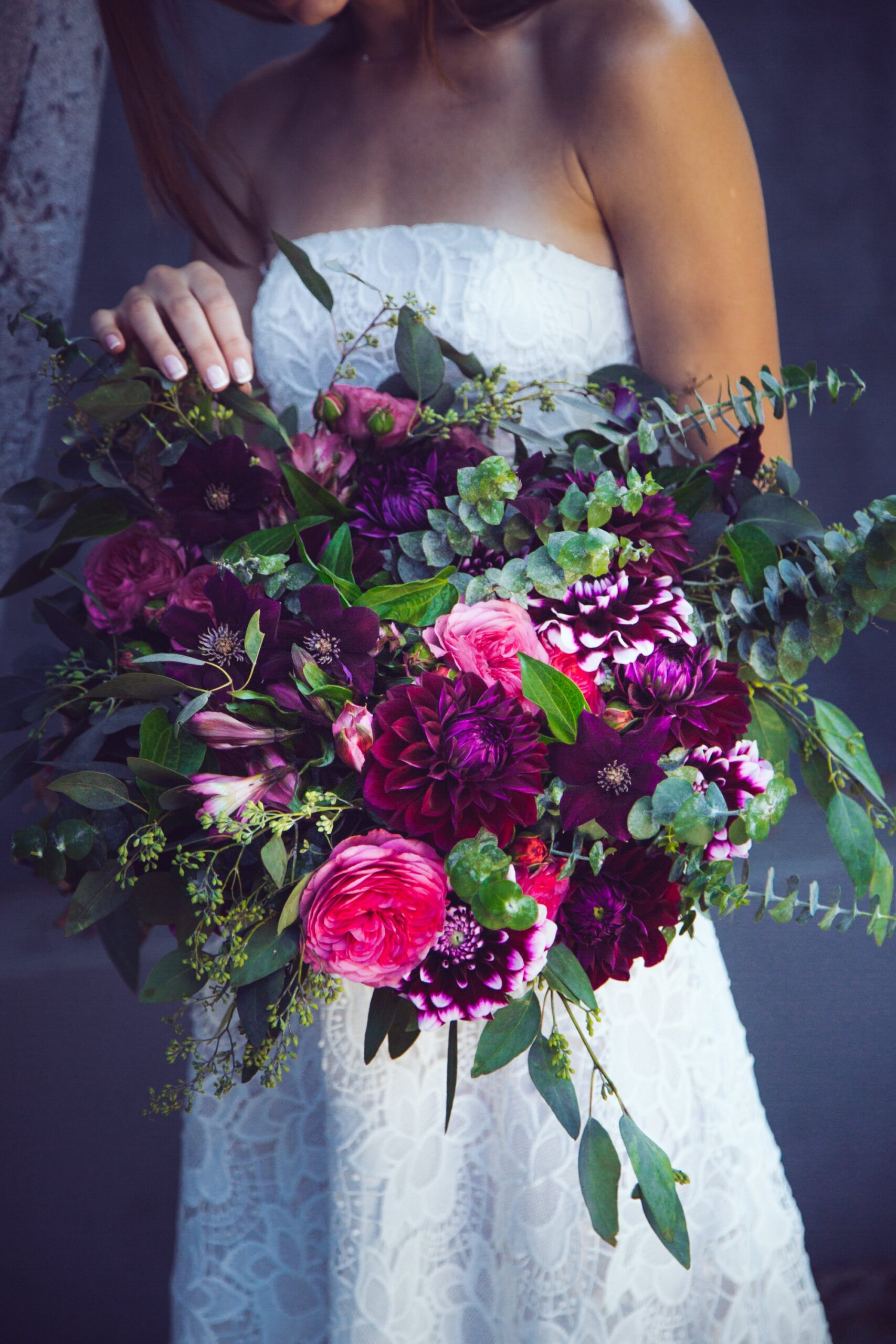 choose purple tulip wedding bouquets for your wedding 6 scaled - Choose Purple tulip wedding bouquets for Your Wedding