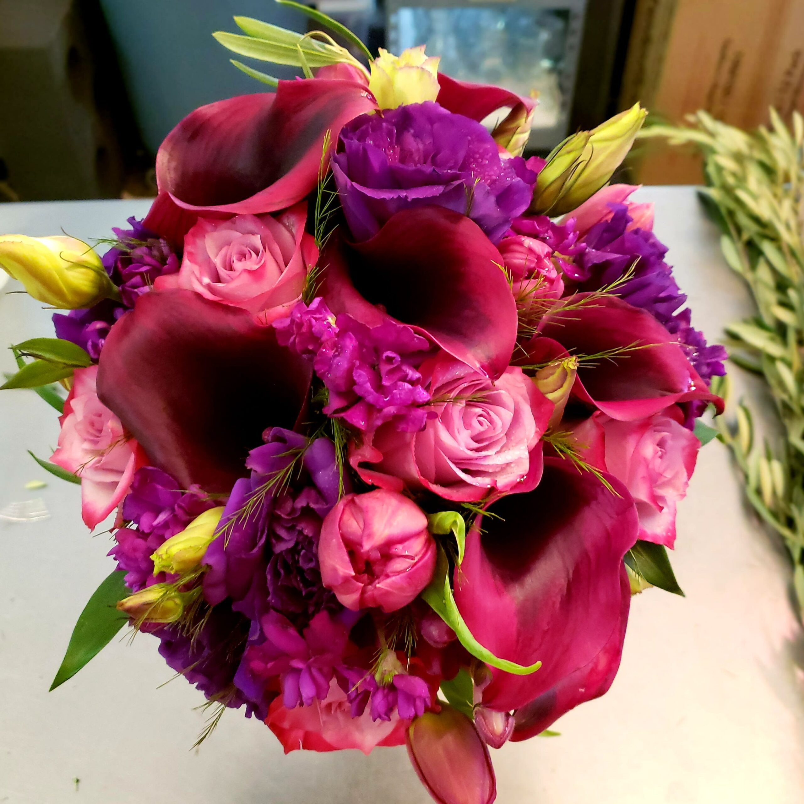 choose purple tulip wedding bouquets for your wedding 7 scaled - Choose Purple tulip wedding bouquets for Your Wedding