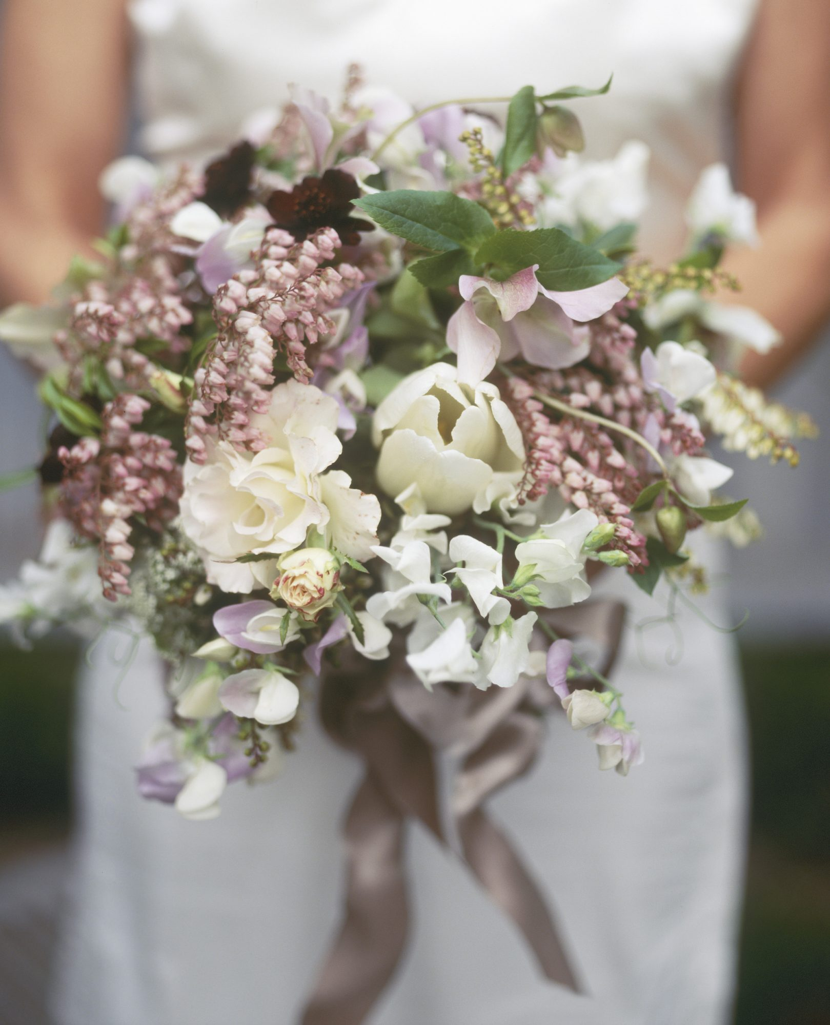 choose purple tulip wedding bouquets for your wedding 9 - Choose Purple tulip wedding bouquets for Your Wedding
