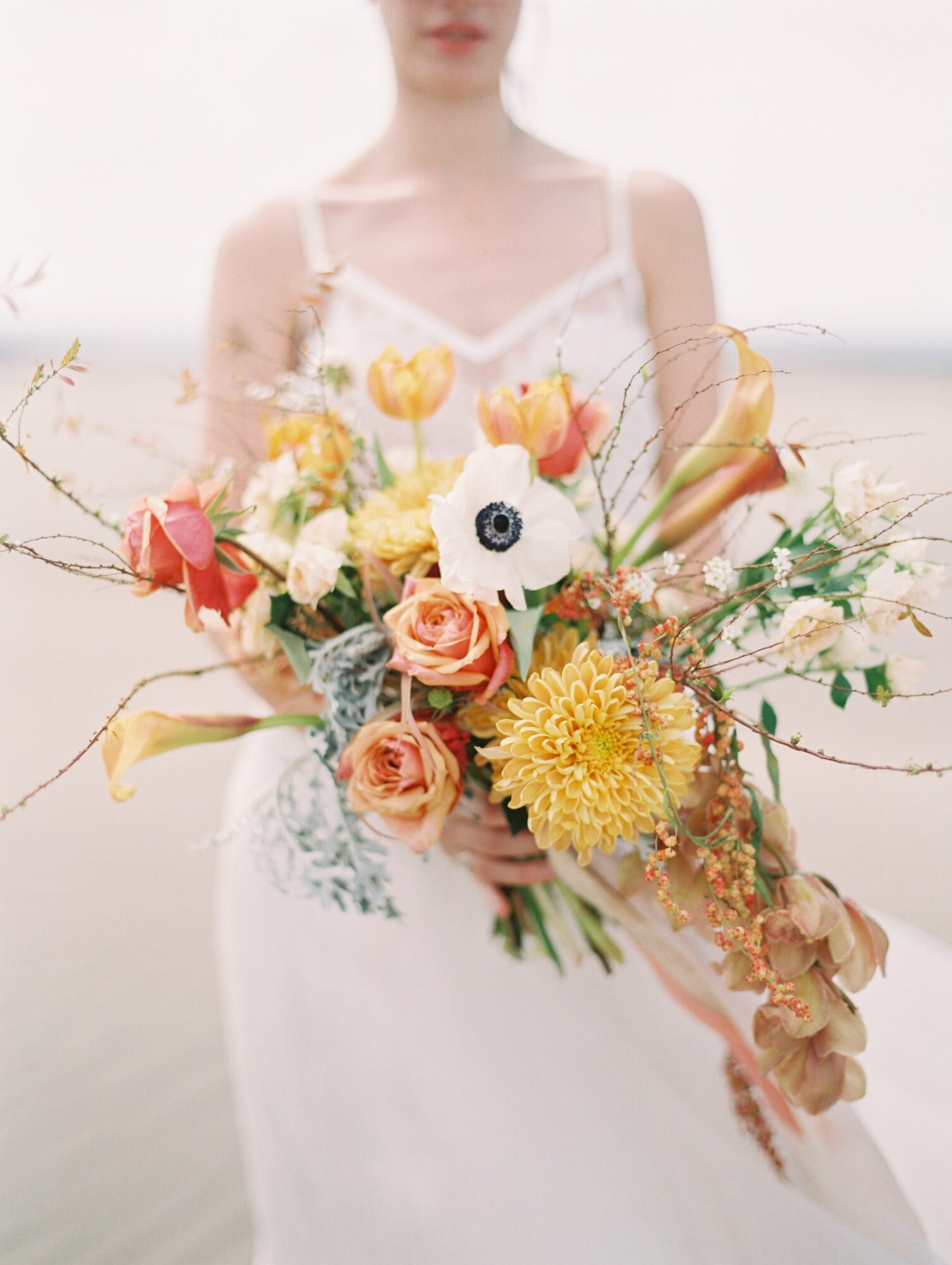 ideas for you to choose lilies wedding bouquet 4 - Ideas for You to Choose Lilies Wedding Bouquet