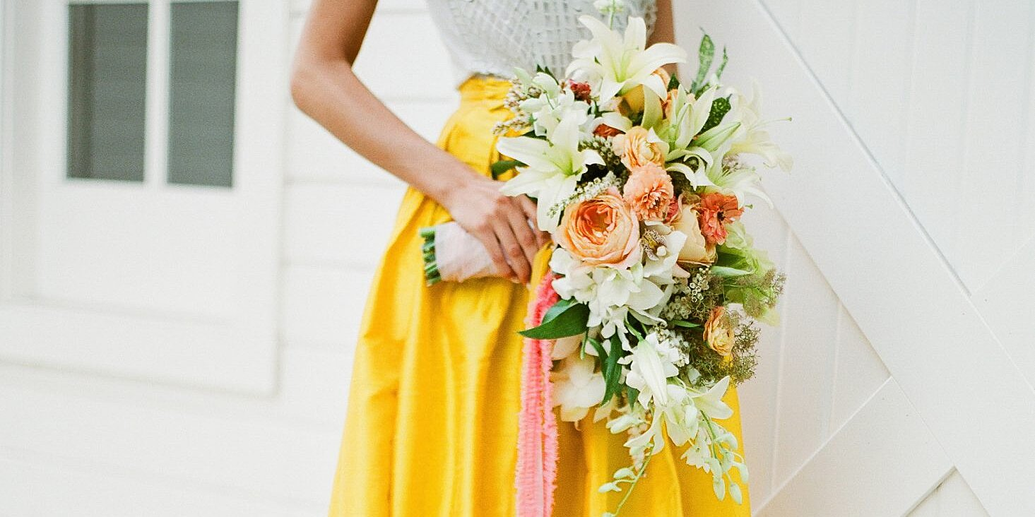 ideas to choose yellowish wedding bouquets for you 2 - Ideas to Choose Yellowish Wedding Bouquets for You