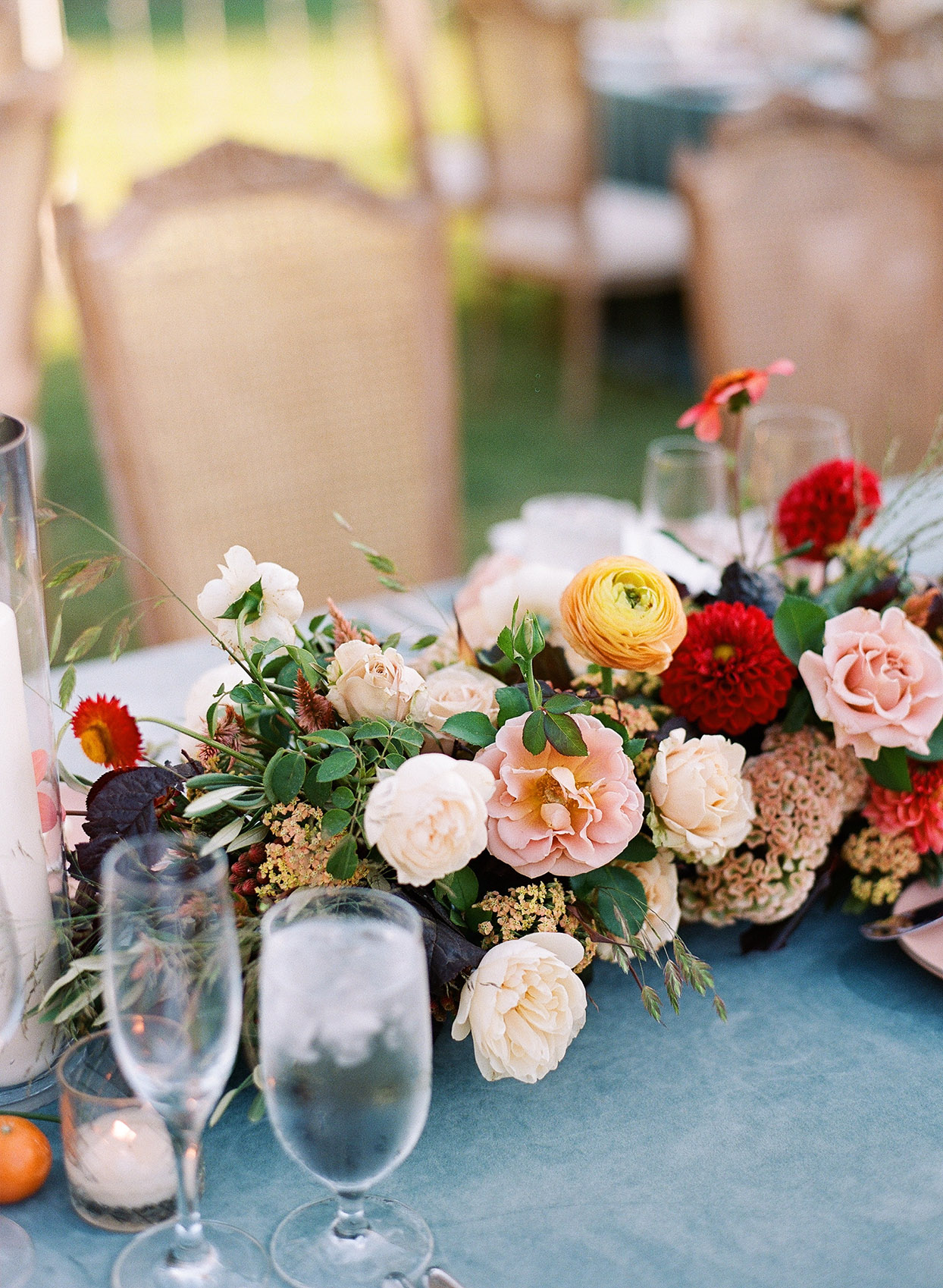 ideas to choose yellowish wedding bouquets for you 4 - Ideas to Choose Yellowish Wedding Bouquets for You