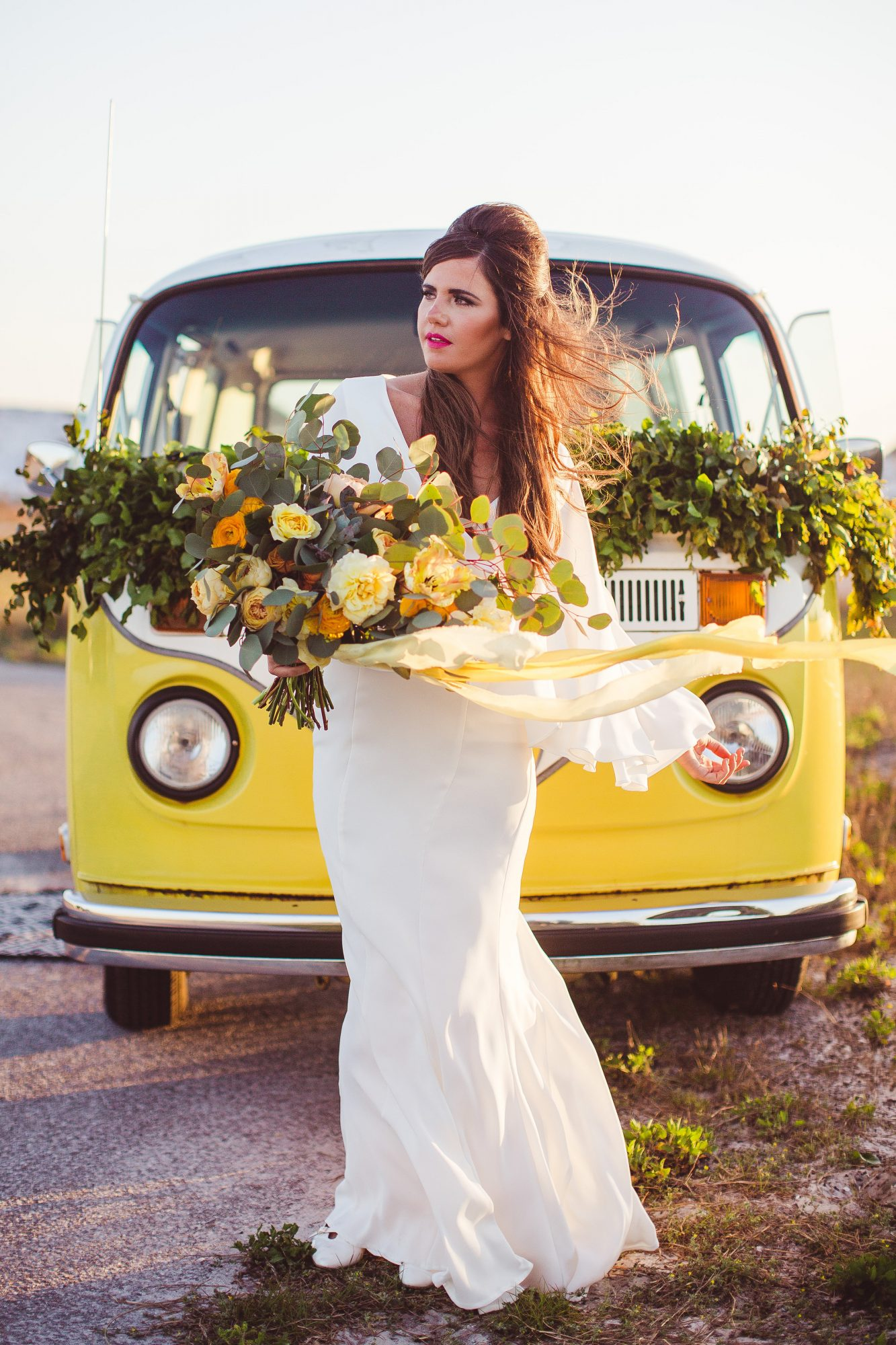 ideas to choose yellowish wedding bouquets for you 5 - Ideas to Choose Yellowish Wedding Bouquets for You