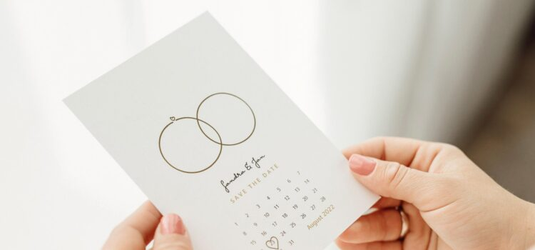 Tips and ideas for your save-the-date cards